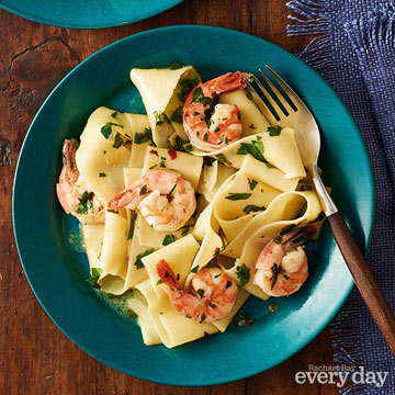 Light & Lemony Shrimp Pasta