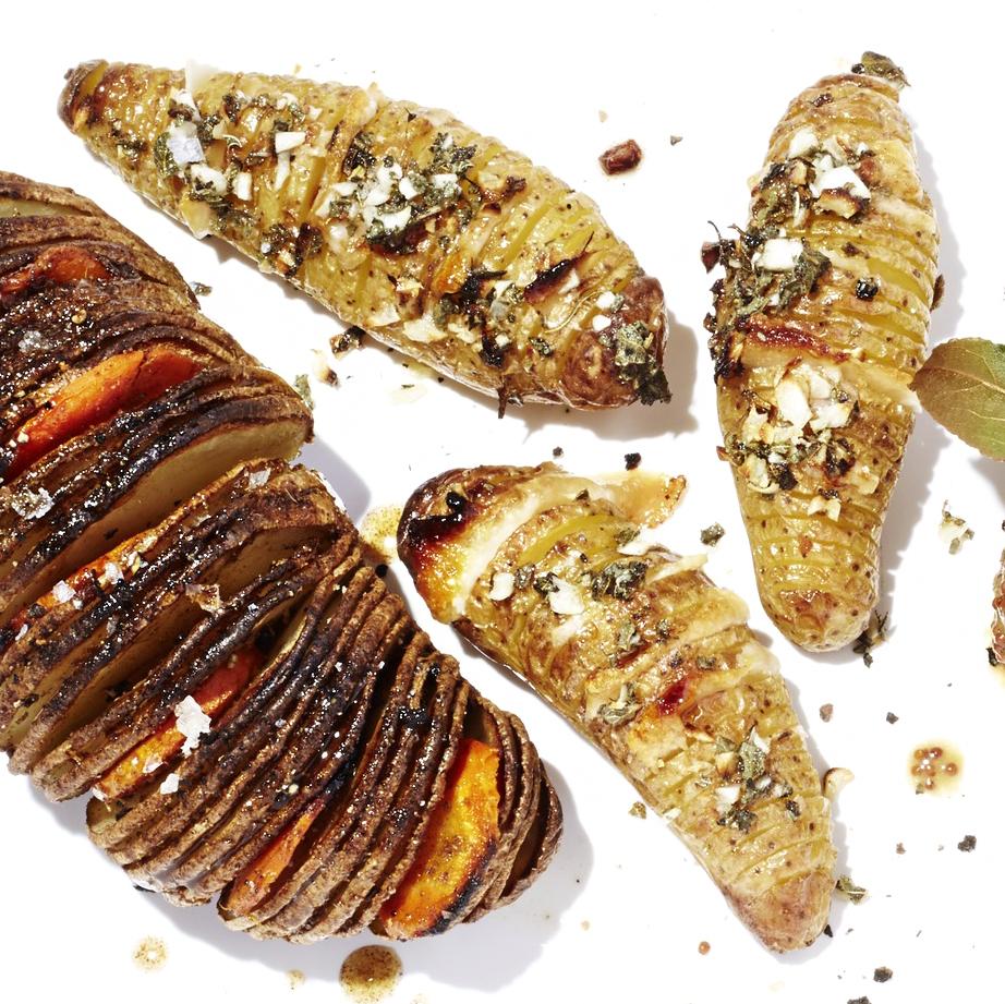 Garlic + Parmesan Hasselback Potatoes