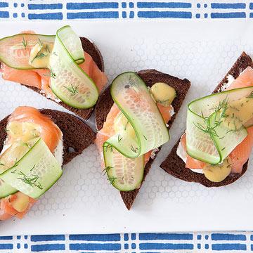 Salmon-Cuke Toasts