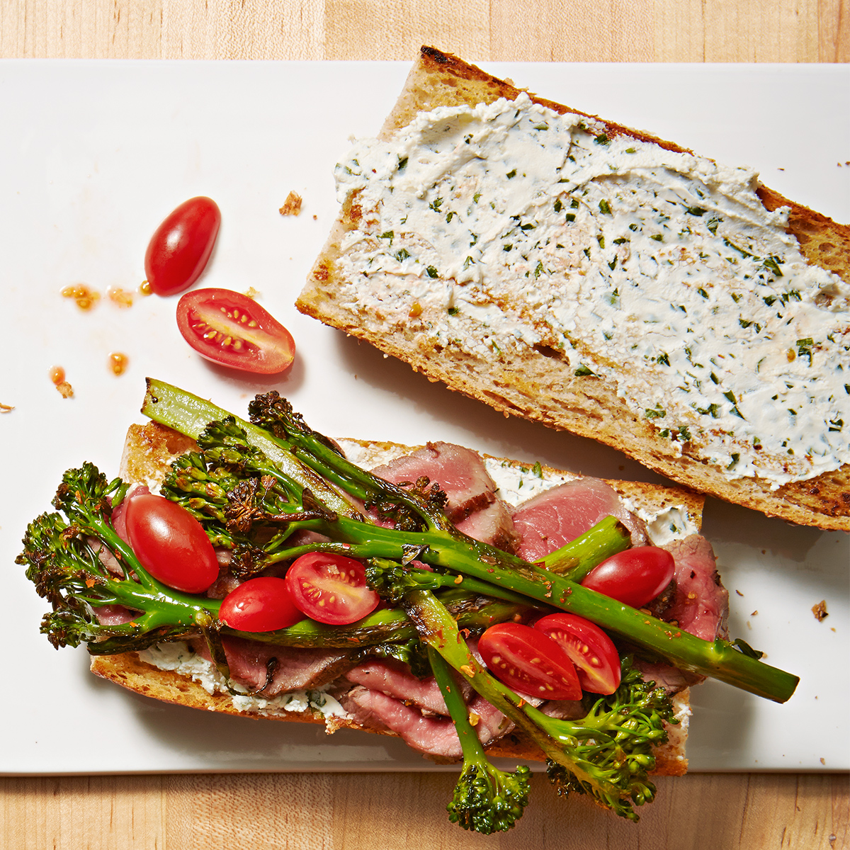 steak broccolini and goat cheese sandwiches
