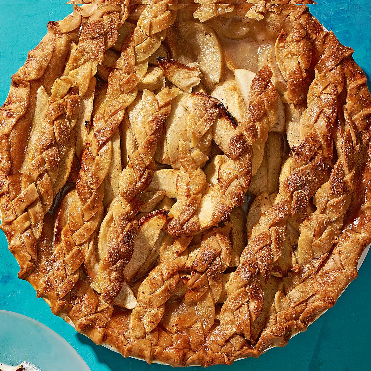 braided crust apple pie