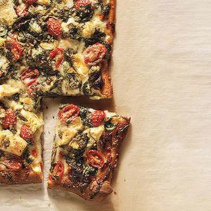 Artichoke, Tomato and Spinach Pizza