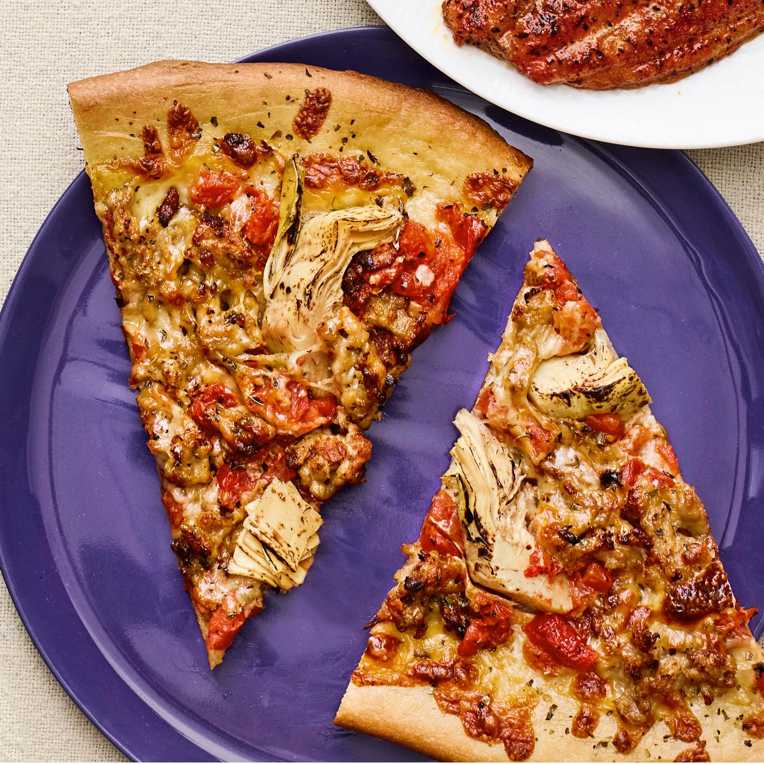 artichoke & sausage pizza