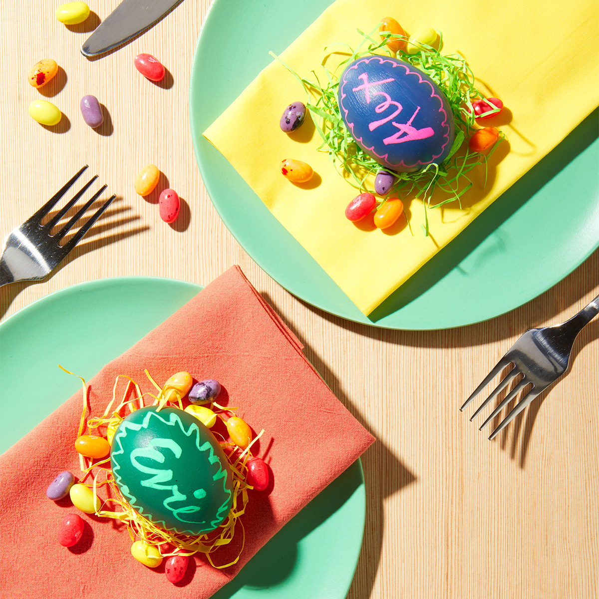 place cards easter eggs