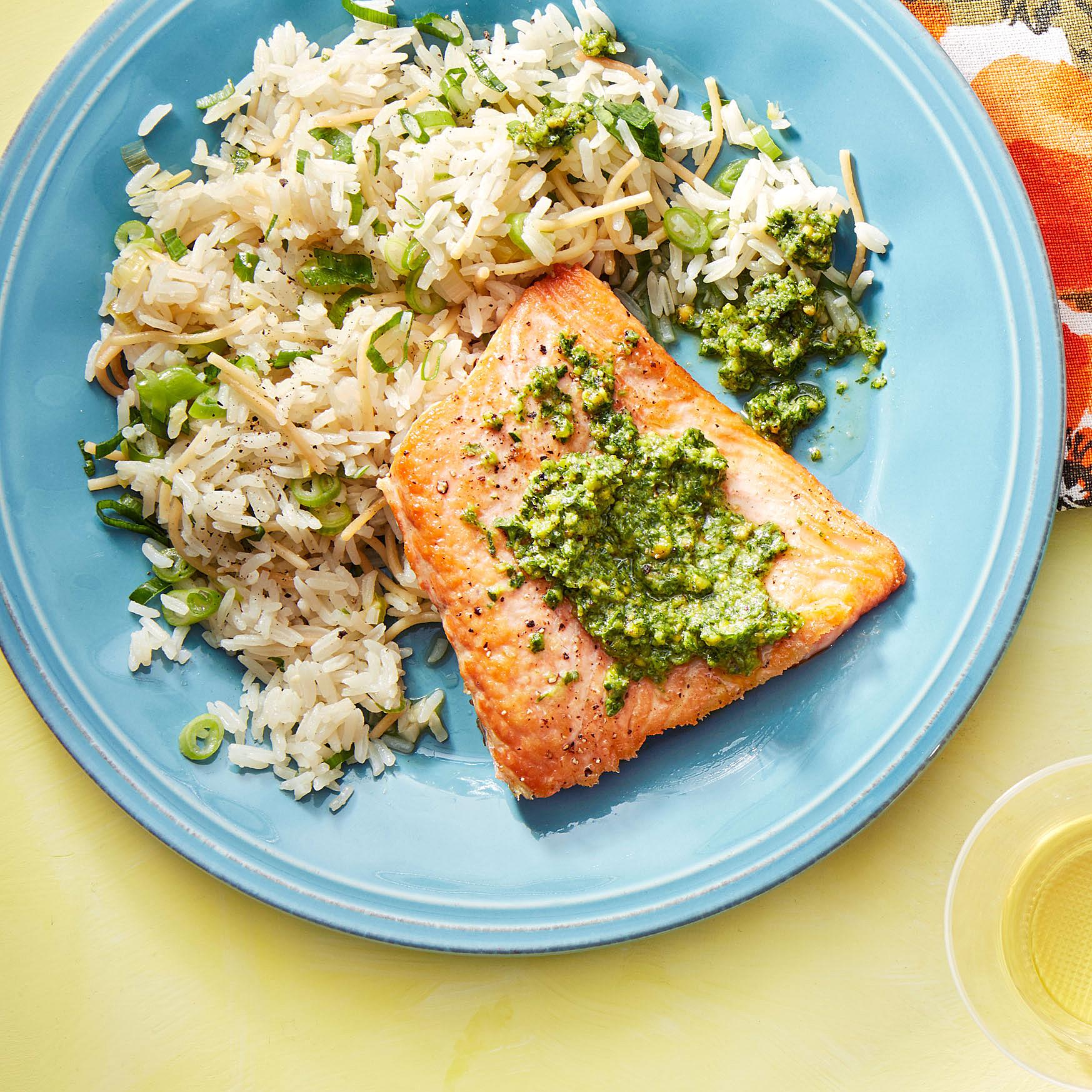 salmon with pistachio-parsley pesto