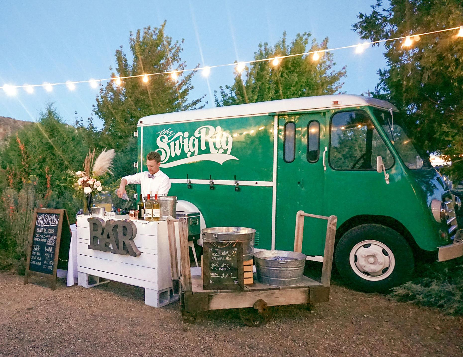 the swig rig mobile bar truk