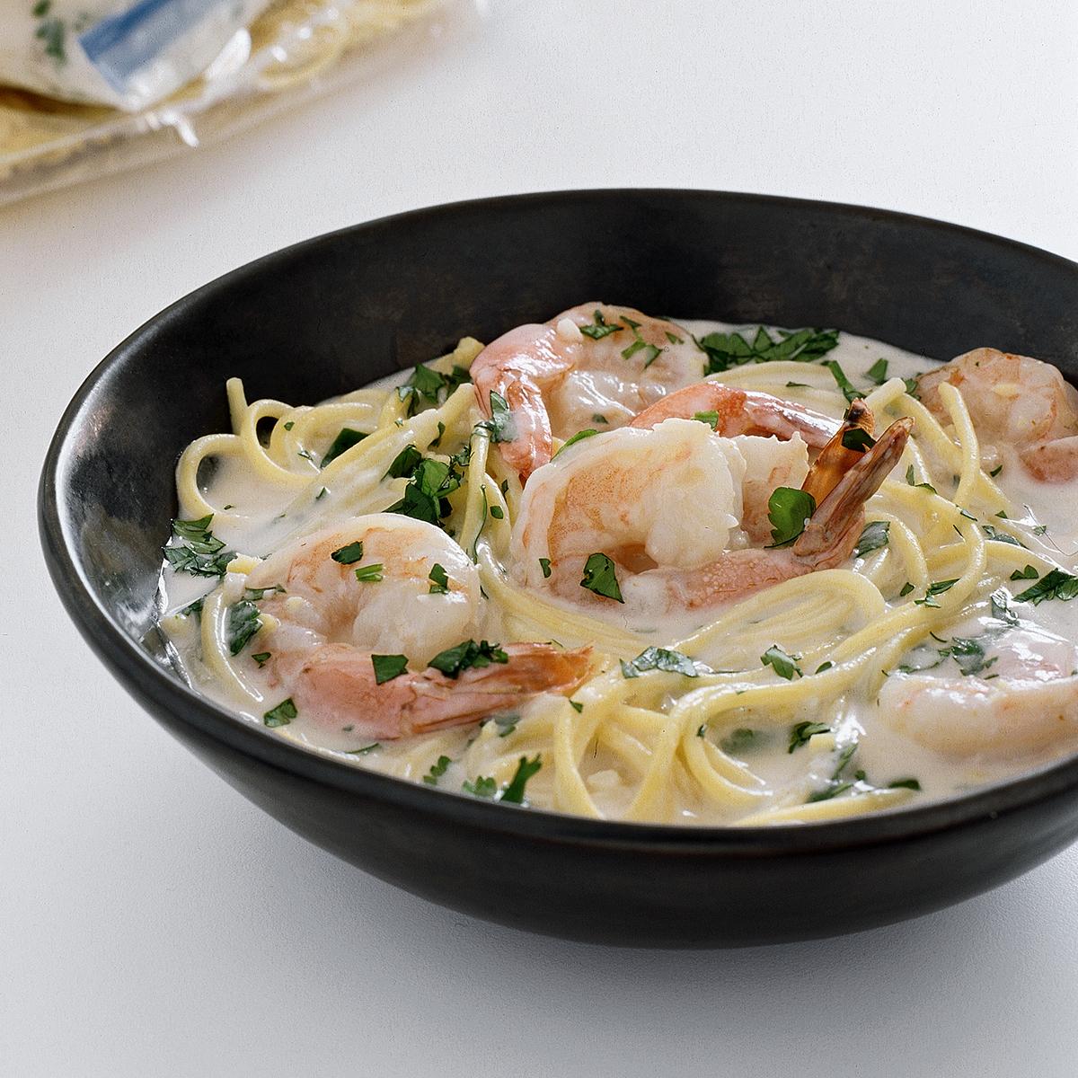 shrimp and spaghetti in coconut broth