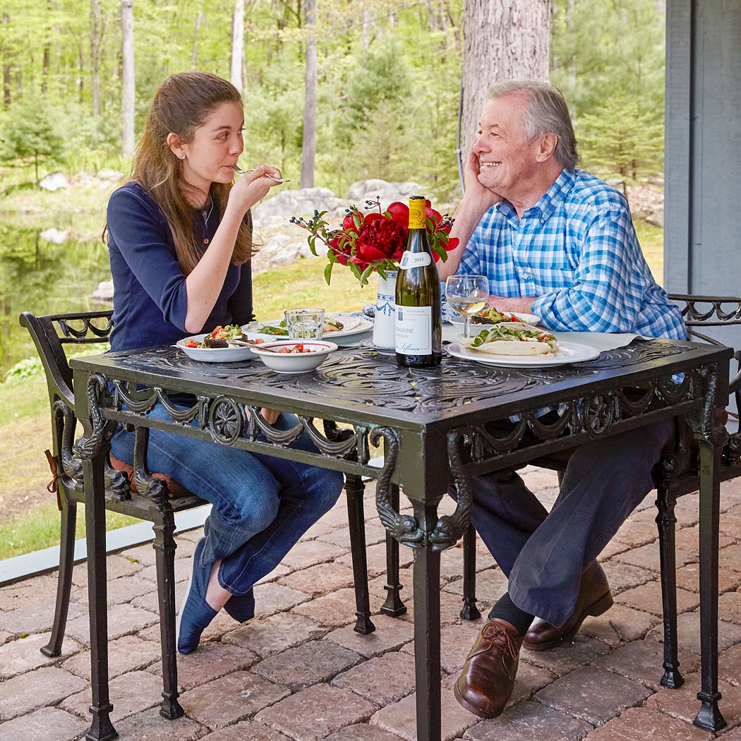 Jacques Pépin and Shorey eating at outside table