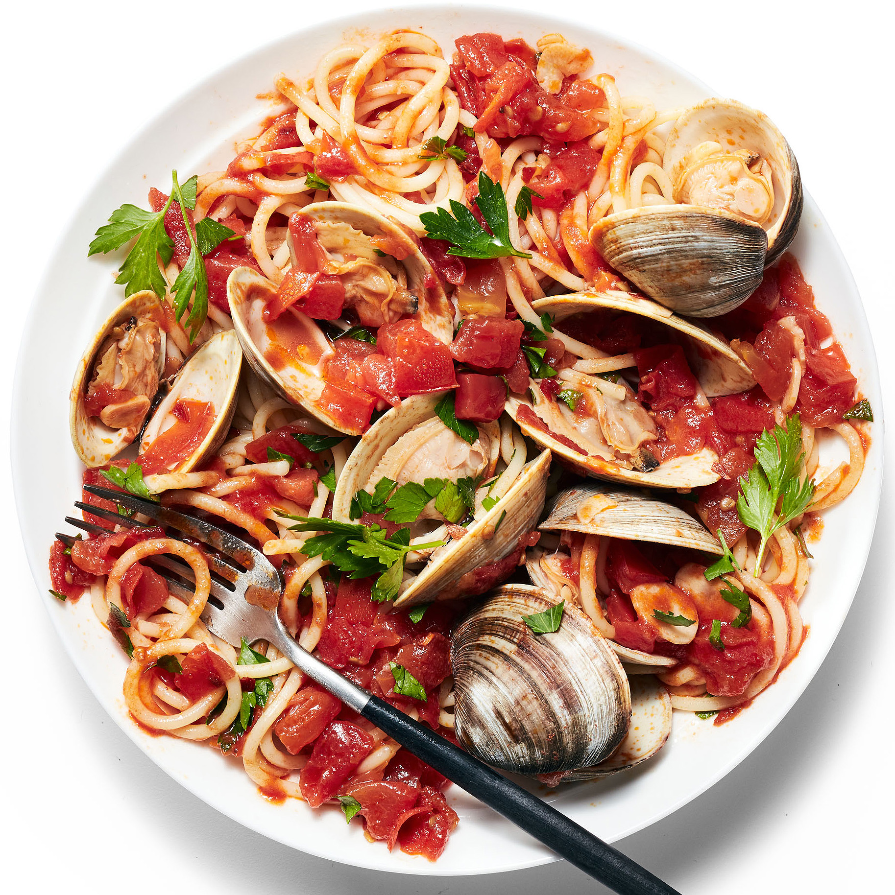spaghetti with spicy tomatoes & clams