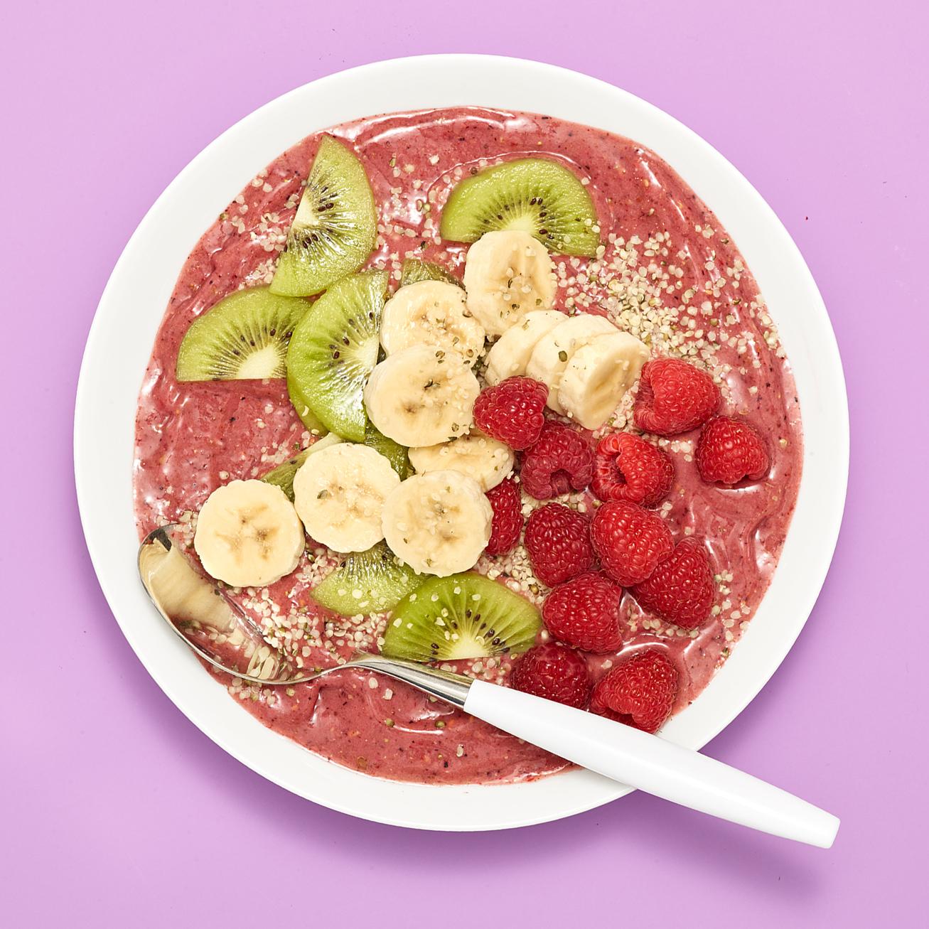 berry treasure smoothie bowl