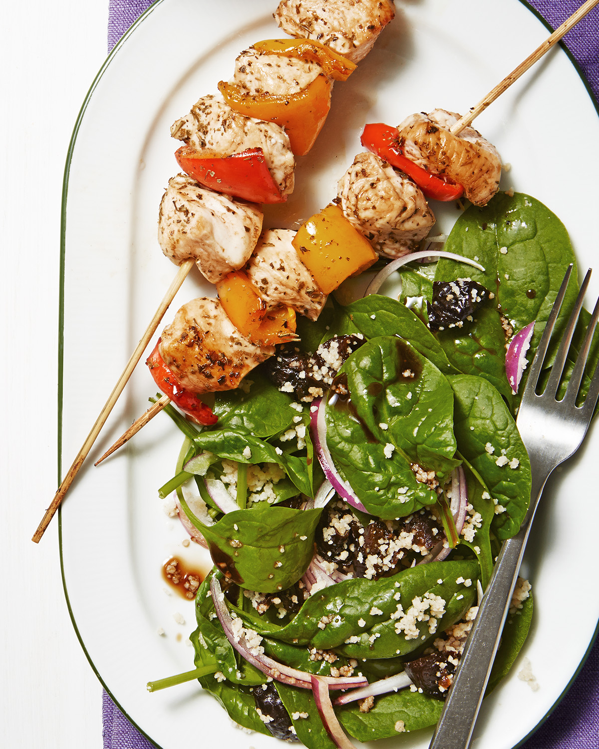 italian chicken skewers with spinach salad