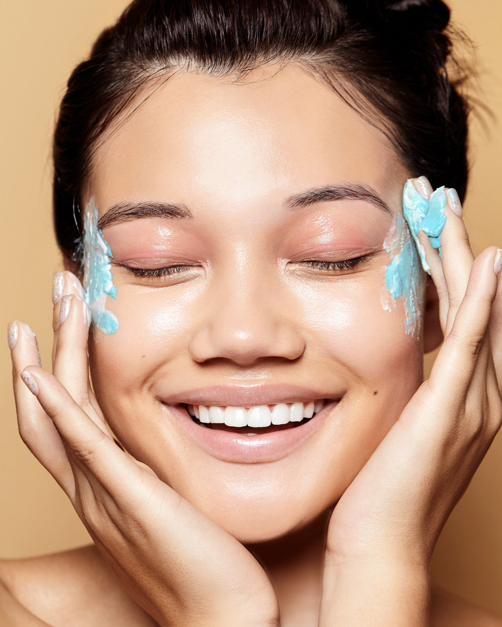 woman face mask beauty