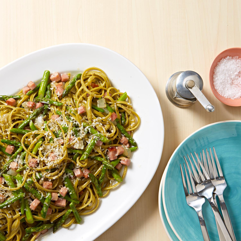 Linguine Carbonara with Asparagus
