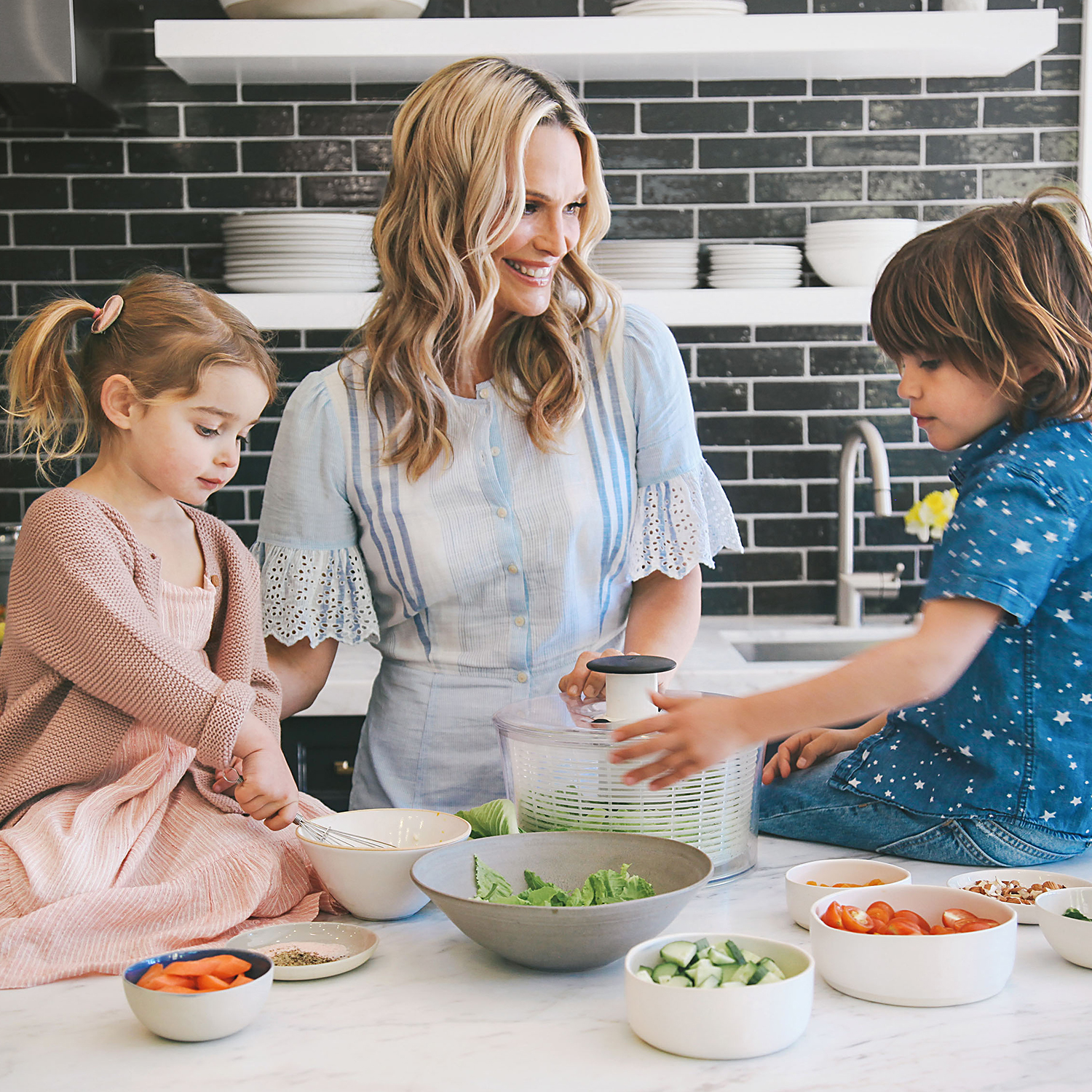 molly cooking with scarlett and brooks
