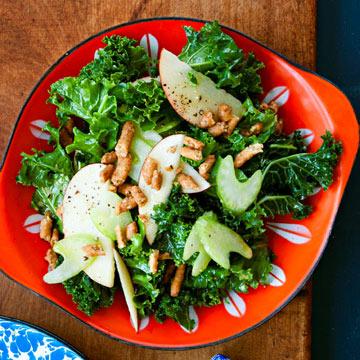 Kale & Apple Toss-Up