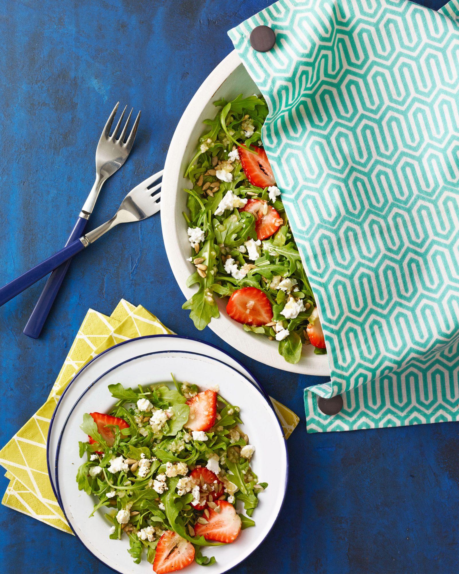arugula strawberry feta salad