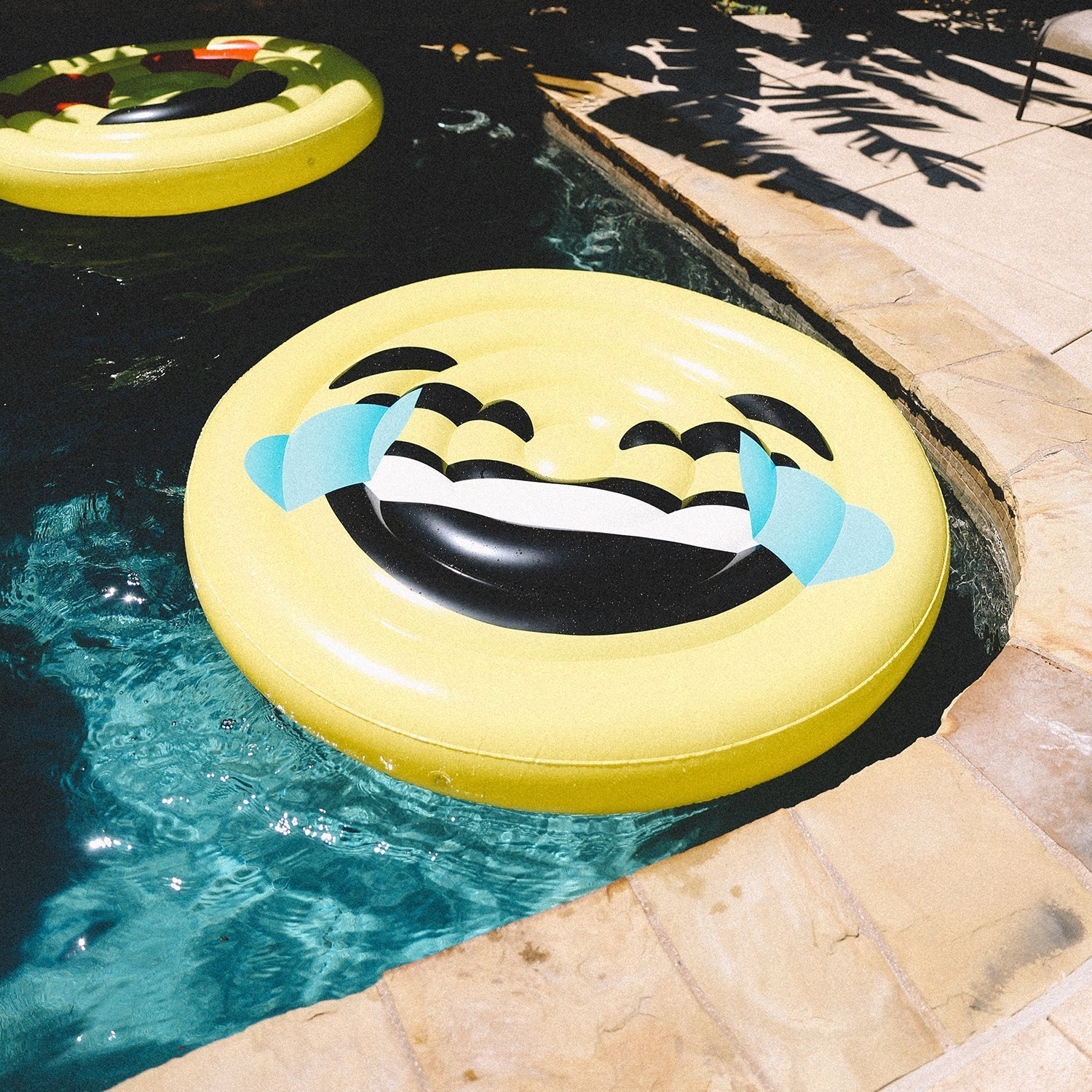 crying face pool float