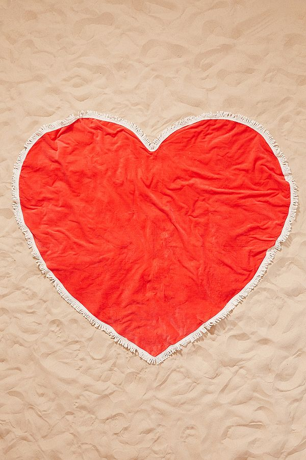 red-heart-oversized-beach-towel-urban-outfitters