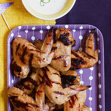 Grilled Chicken Wings with Buttermilk Dipping Sauce