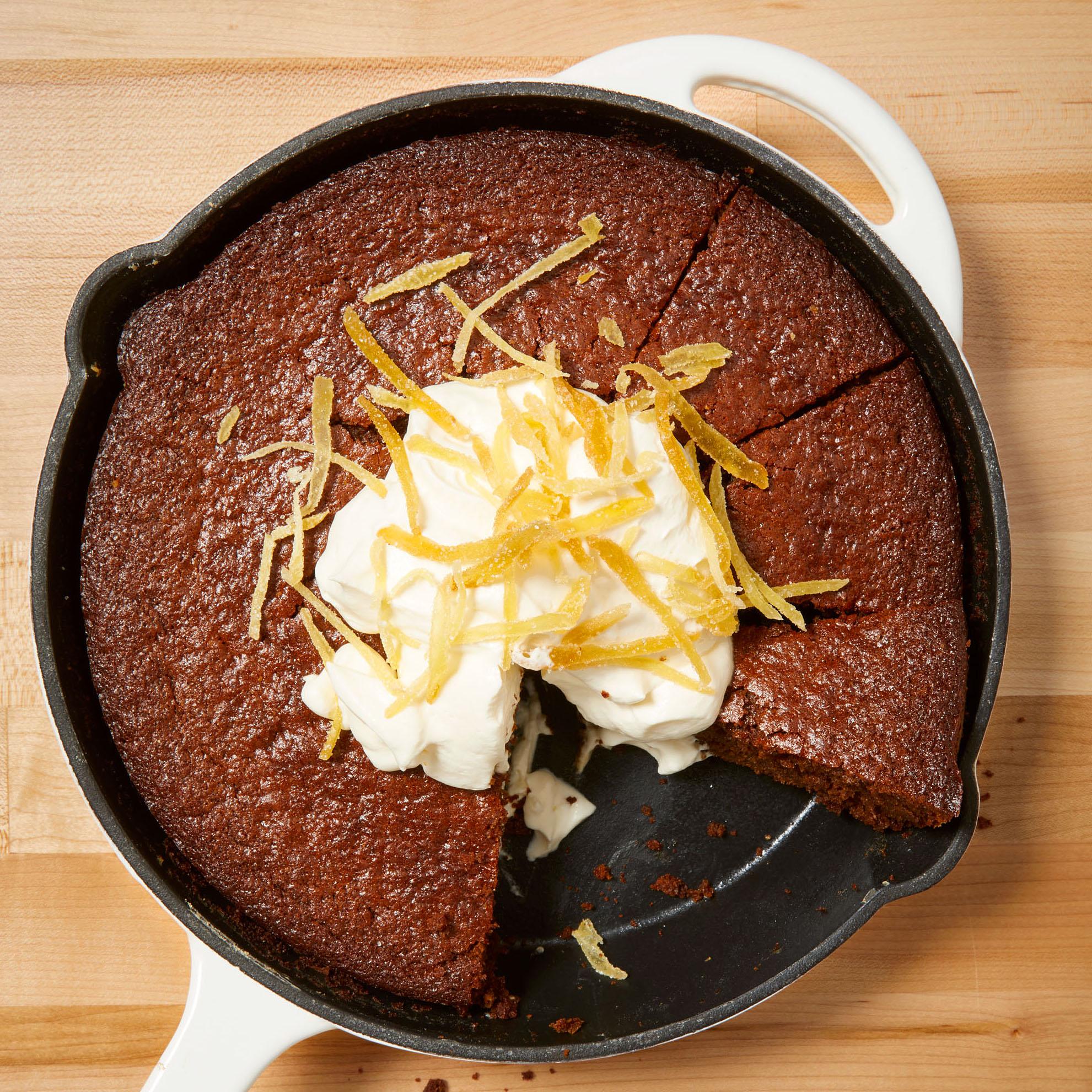skillet gingerbread cake
