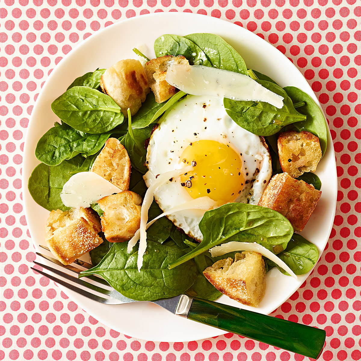 Eggs Florentine Salad with English Muffin Croutons