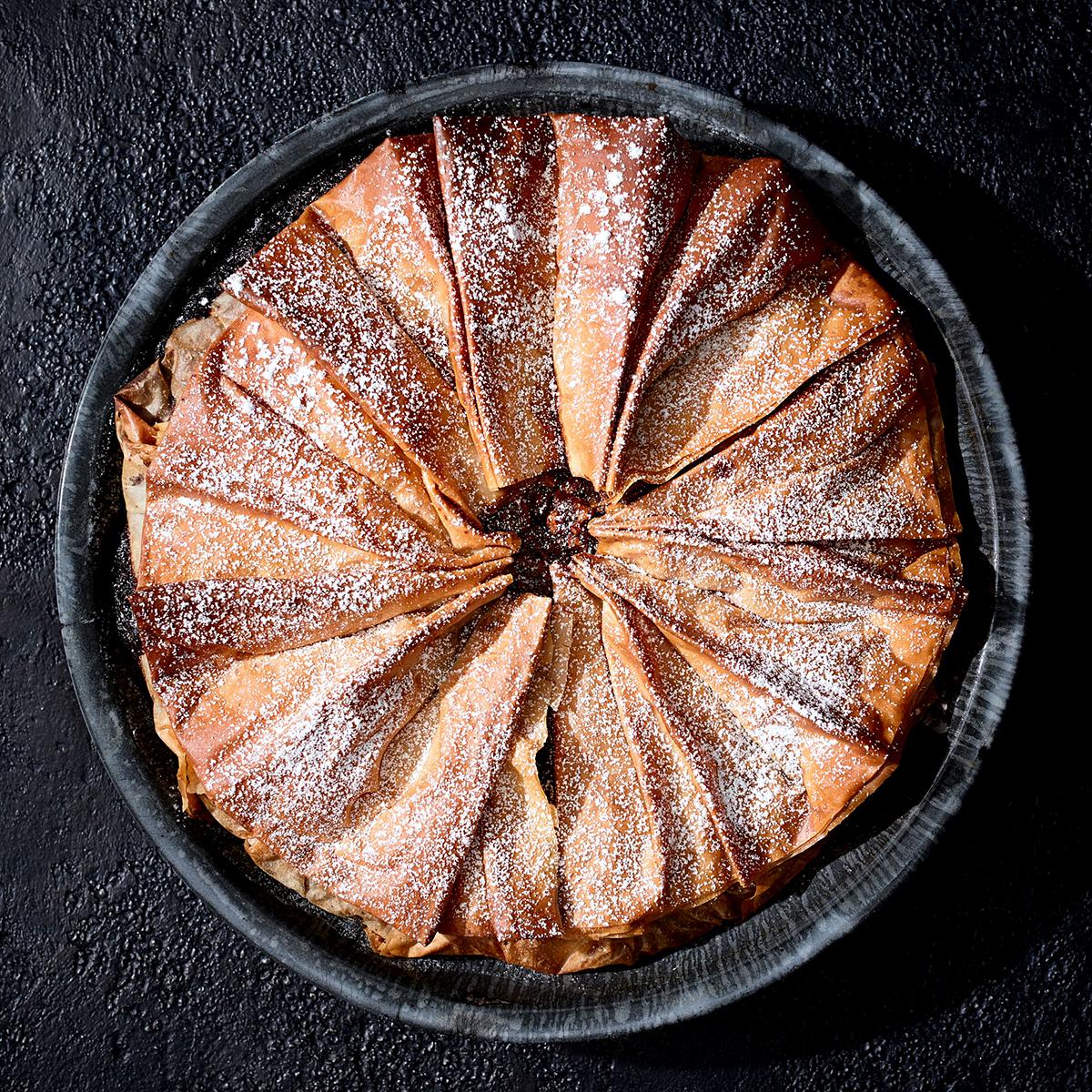 walnut-pistachio baklava pie