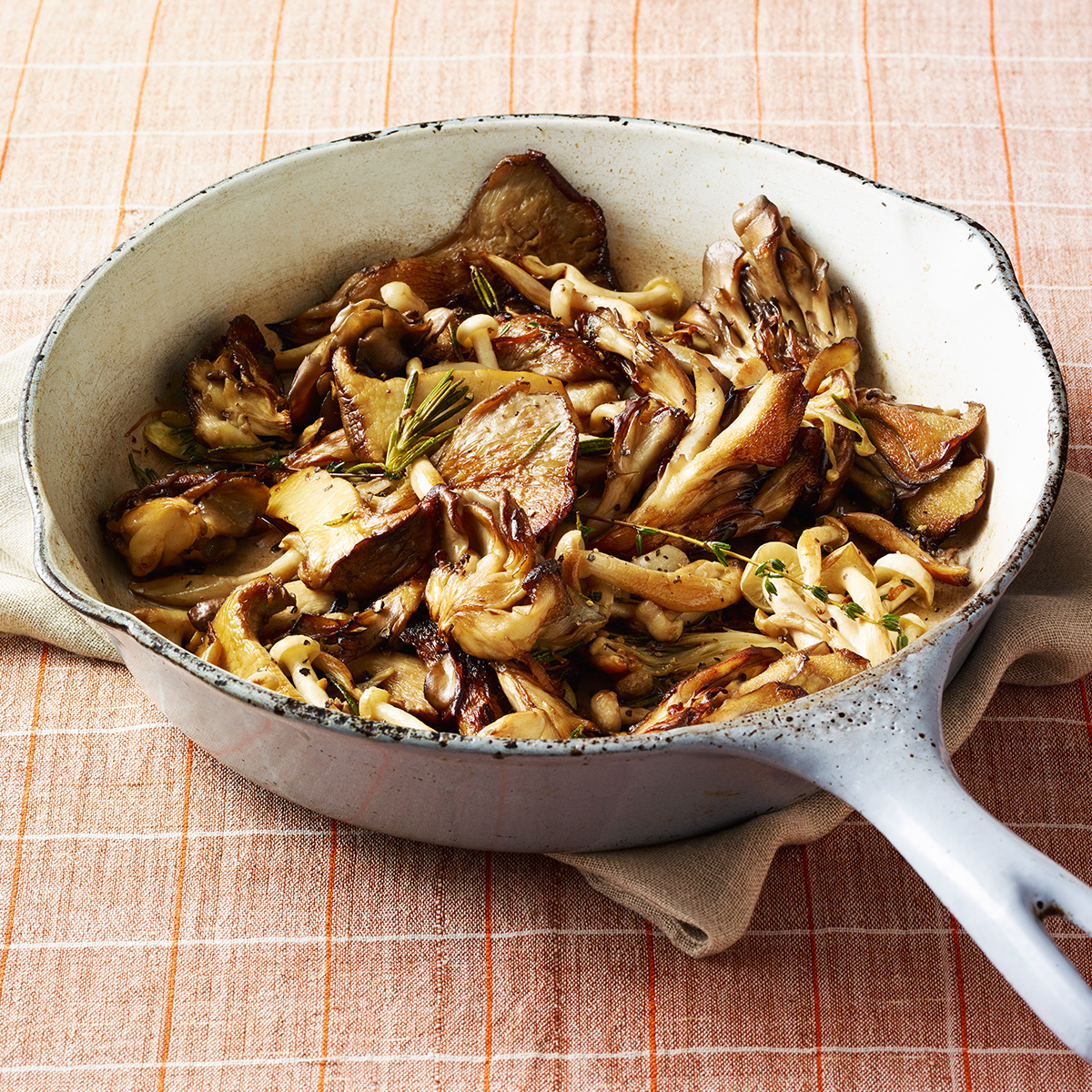 pan roasted rosemary mushrooms