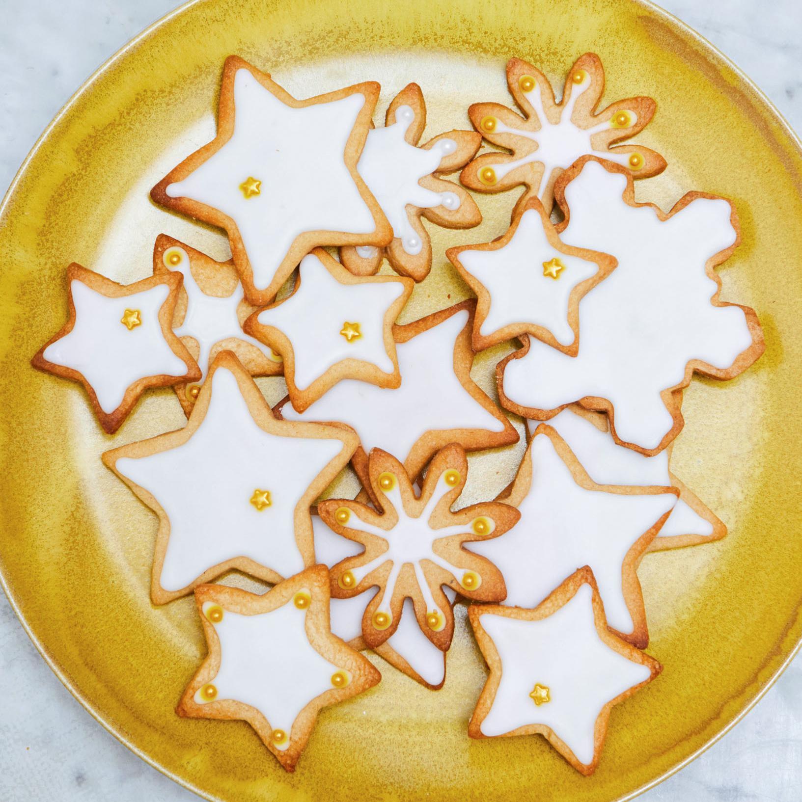 Spiced Stars with Lemon Glaze