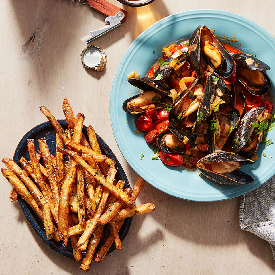spanish mussels and fries