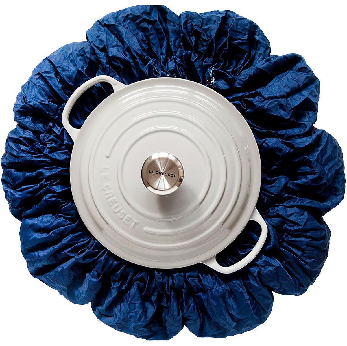 bluebag around cooking pot