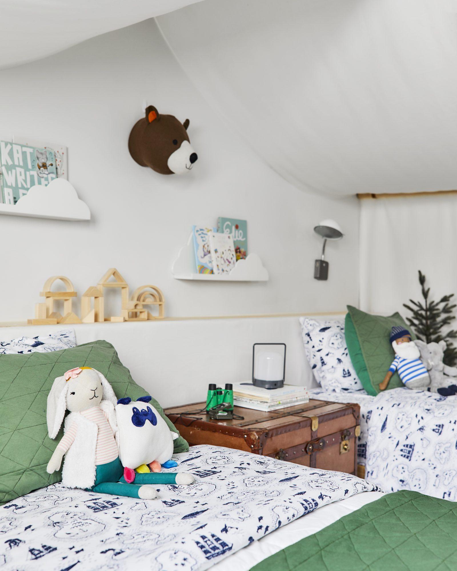 Emily Henderson Mountain Pillowfort Kids Room10