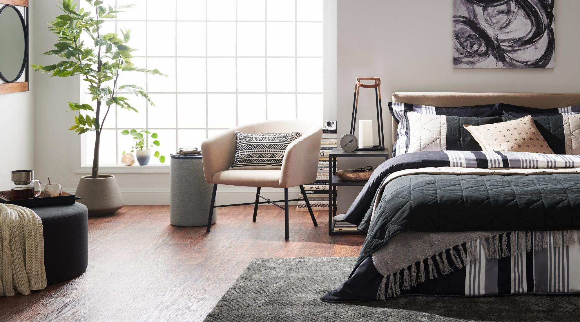 MoDRN_RefinedIndustrial_Bedroom