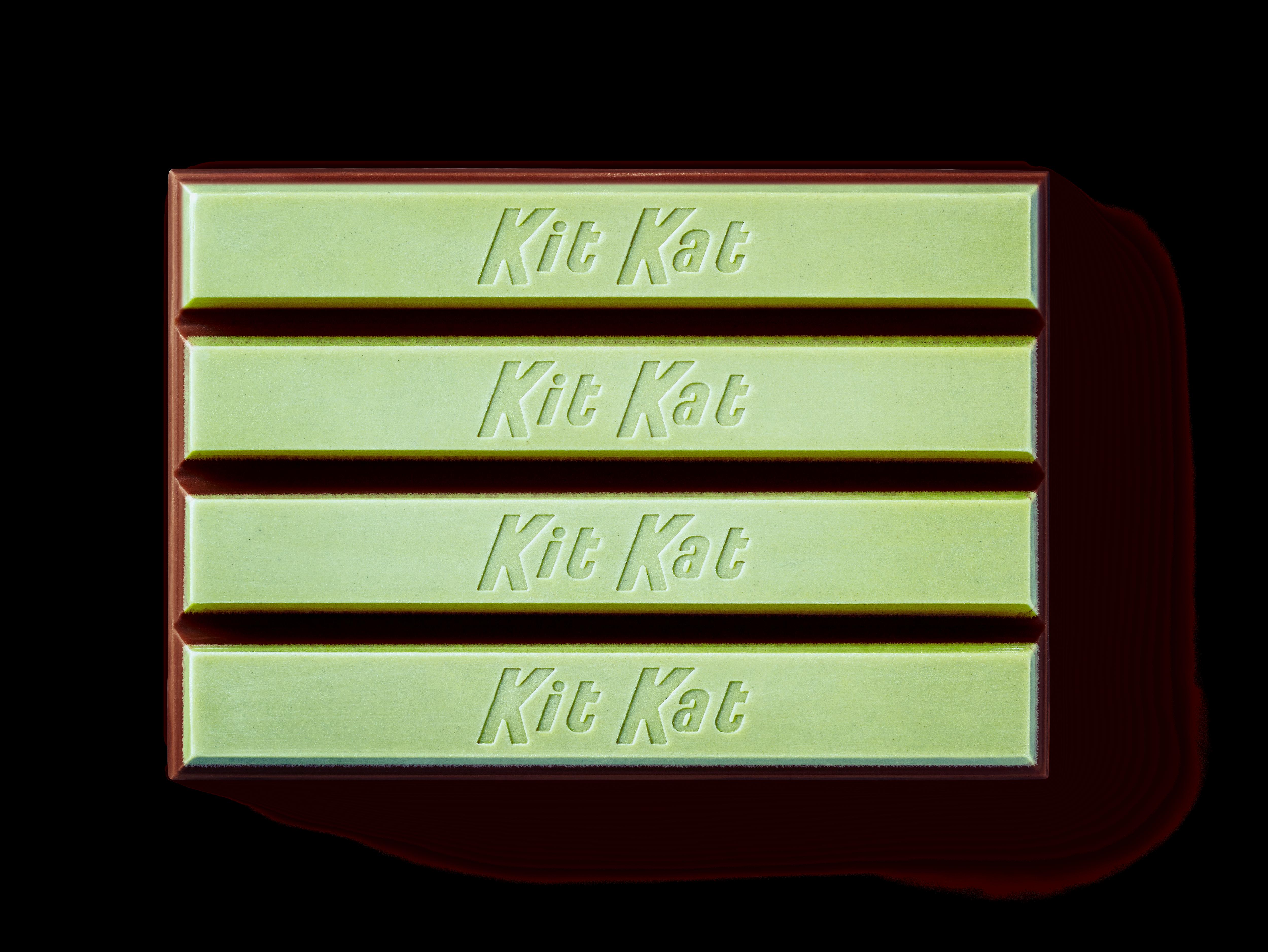 KIT KAT Duos Mint + Dark Chocolate Bar