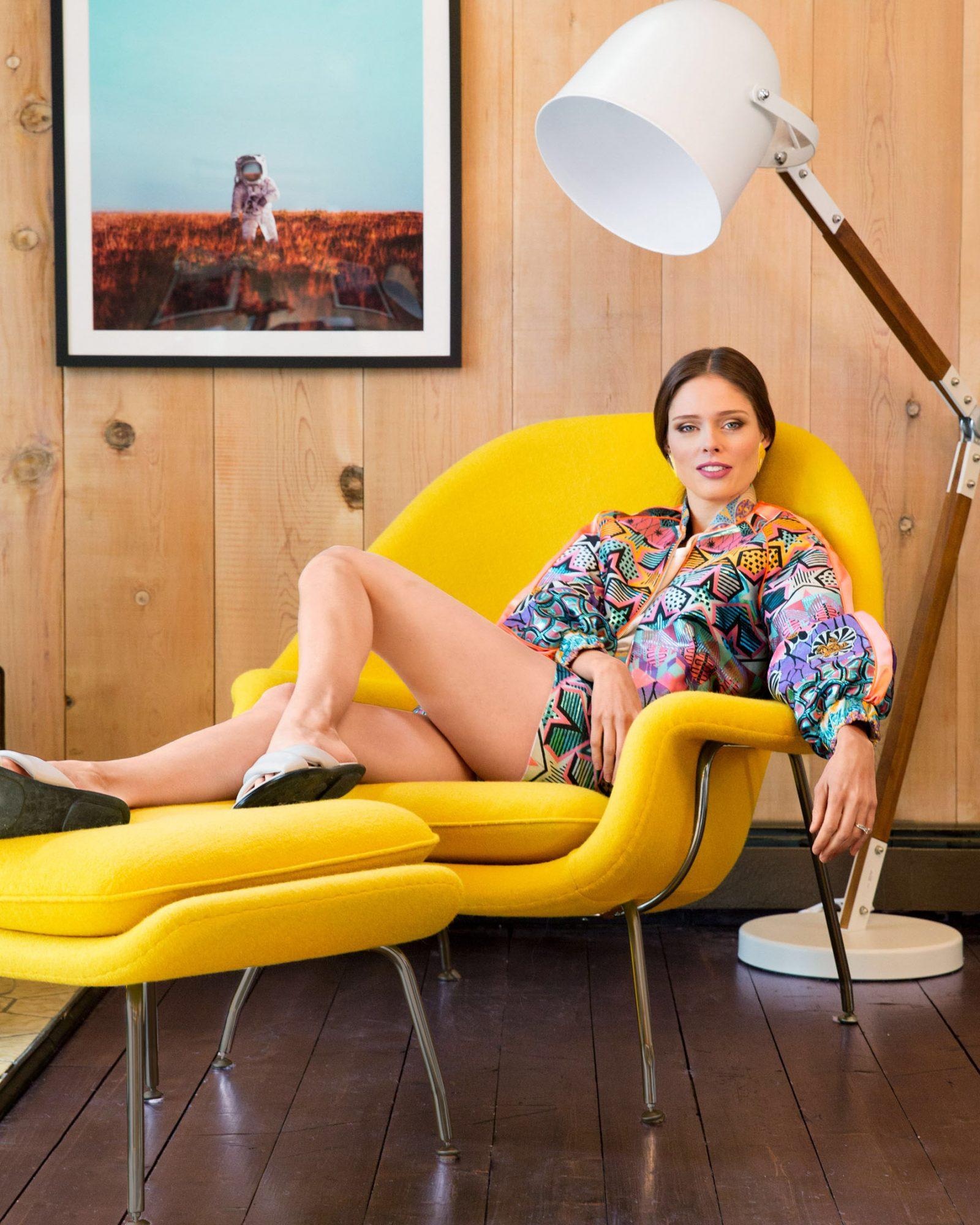 coco rocha on chair