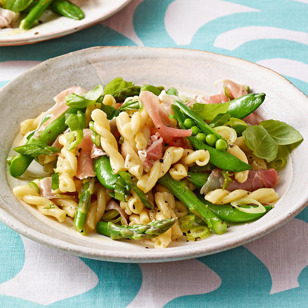 Asparagus & Prosciutto Pasta Salad