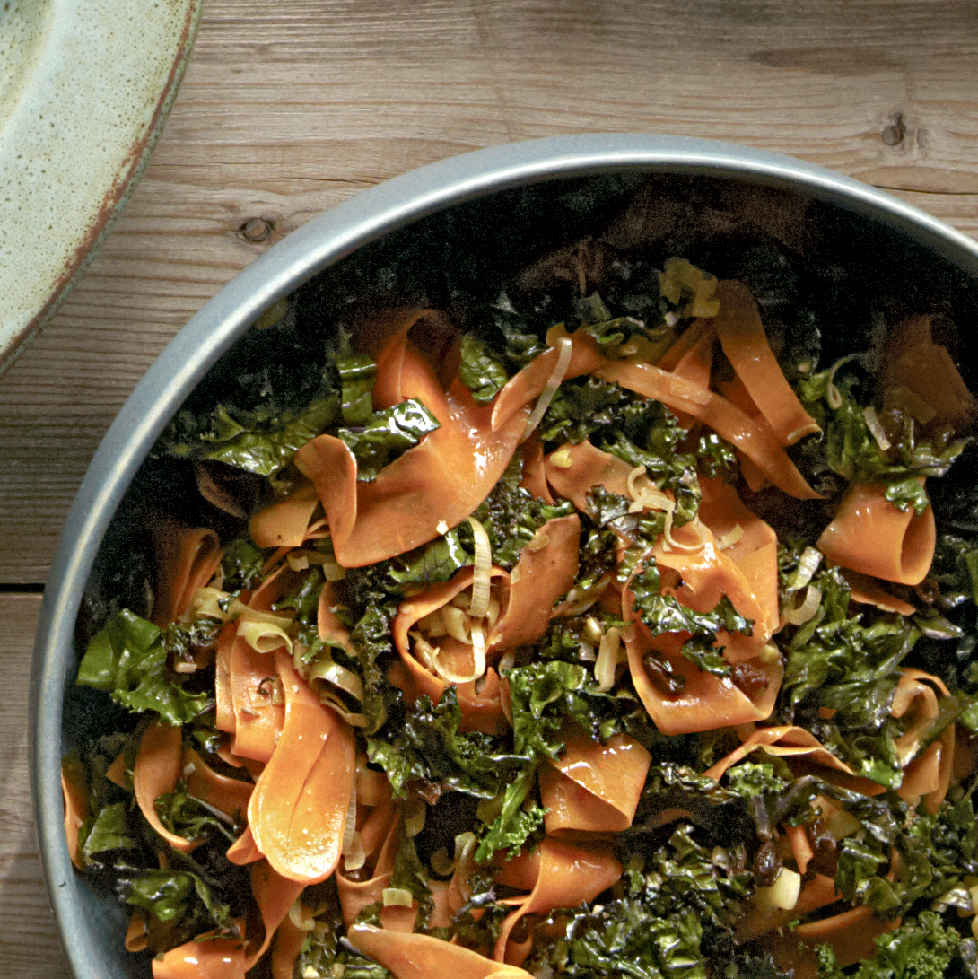 gingered carrot and kale ribbons