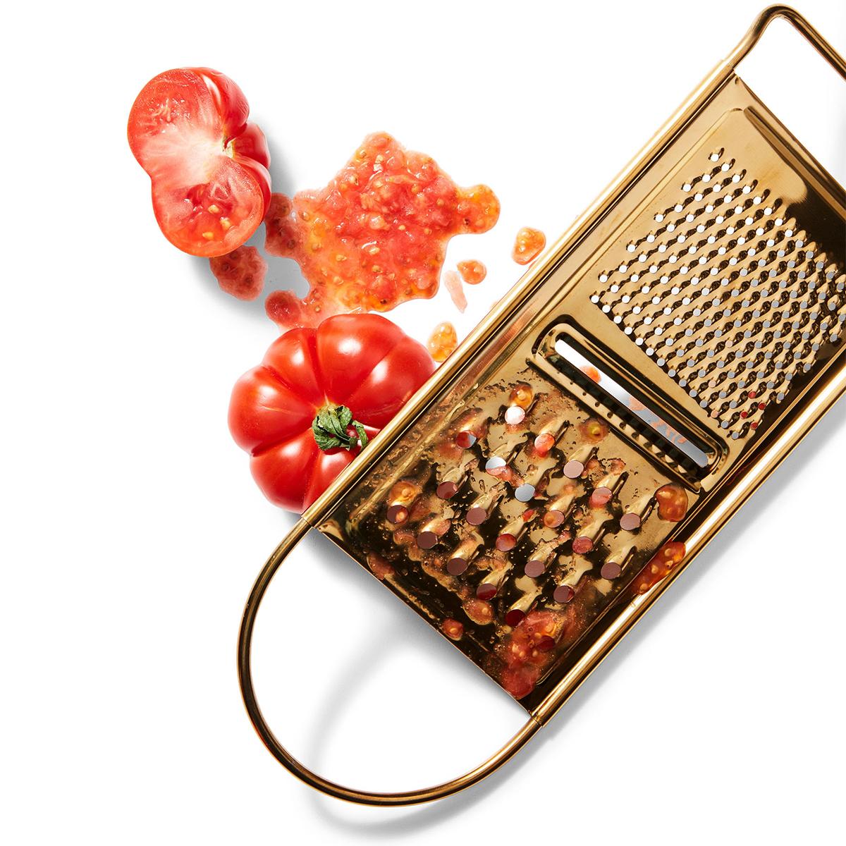 tomato-and-grater-5cbf2a27