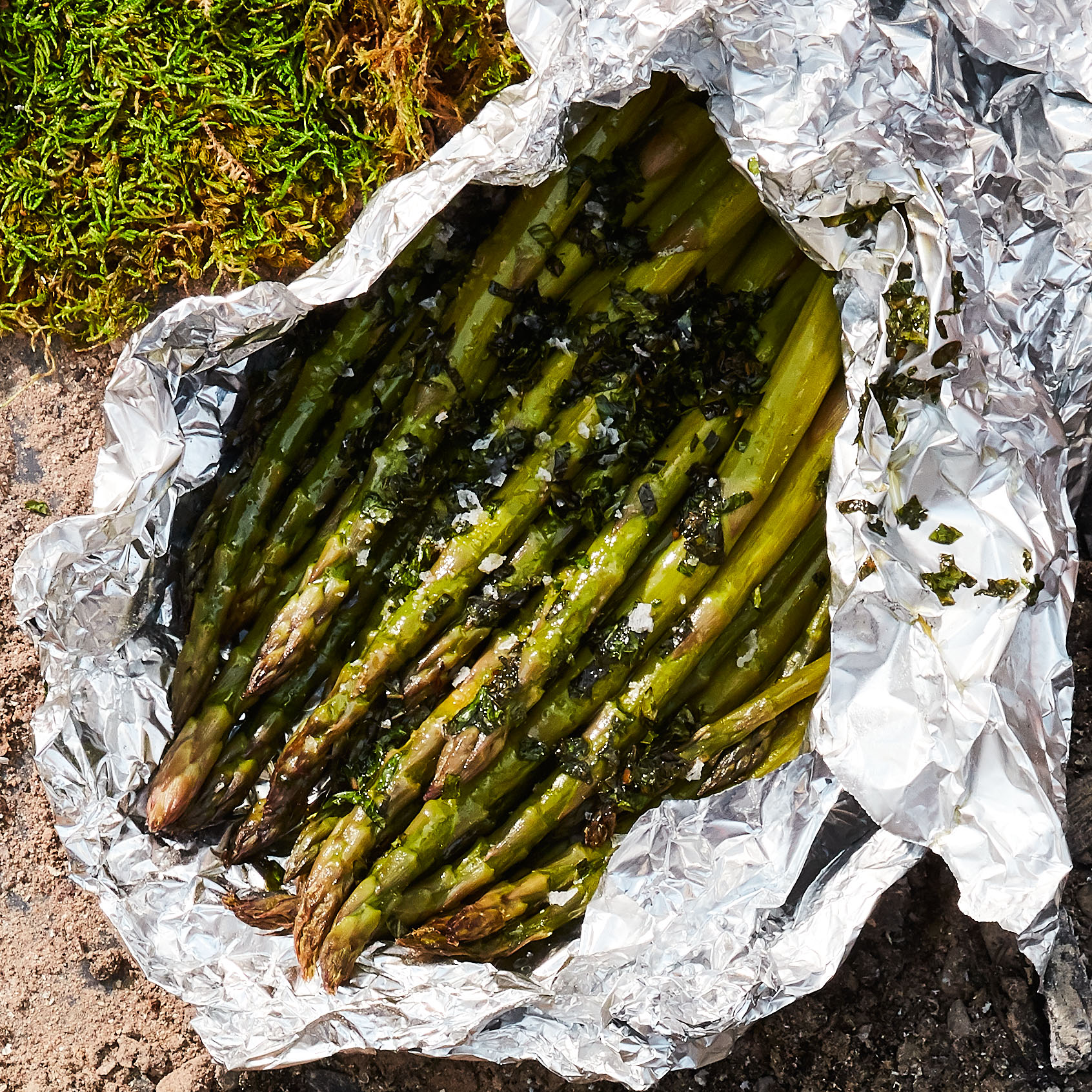 foil packet asparagus with fresh mint