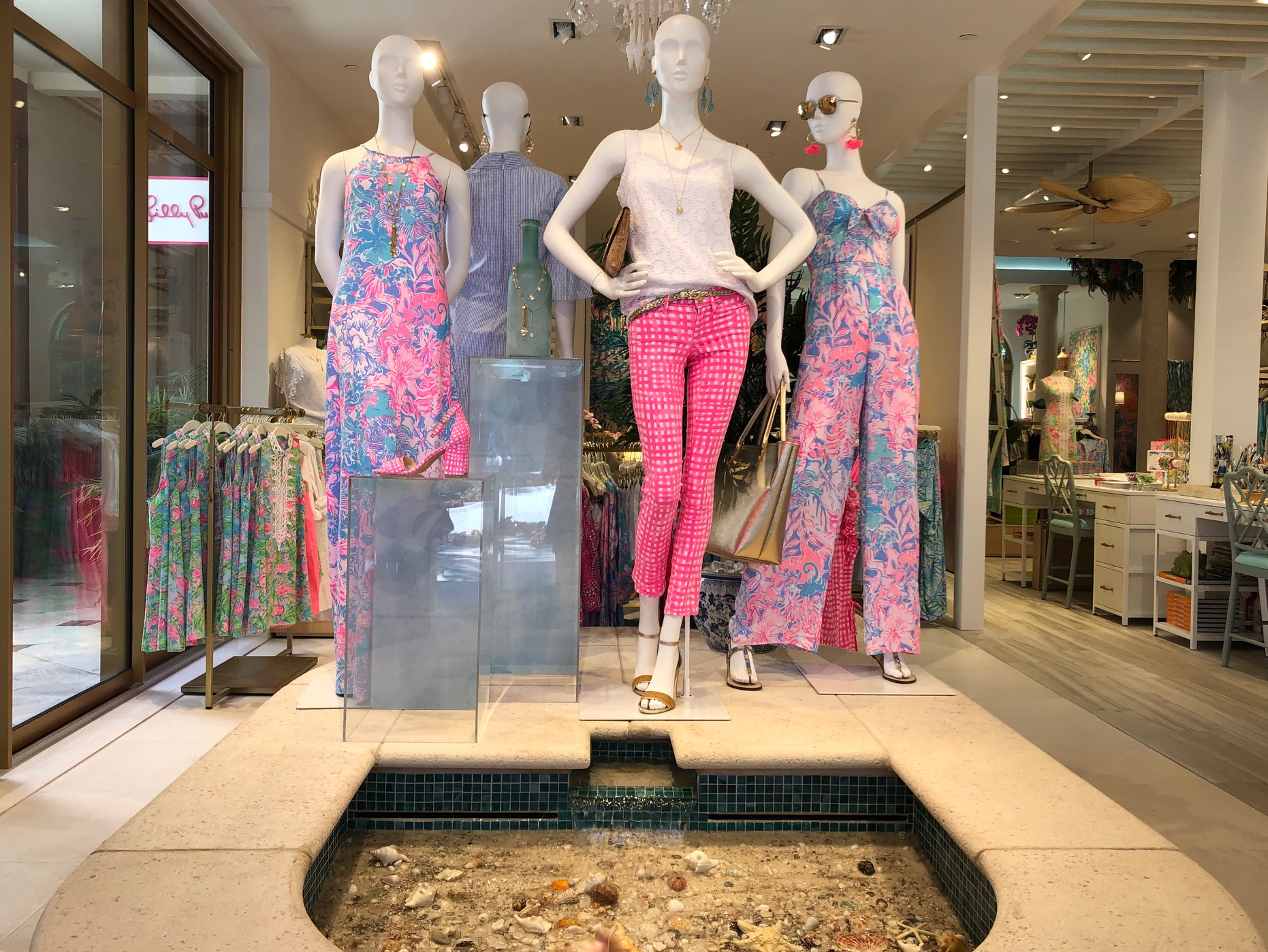 Lilly Pulitzer 8