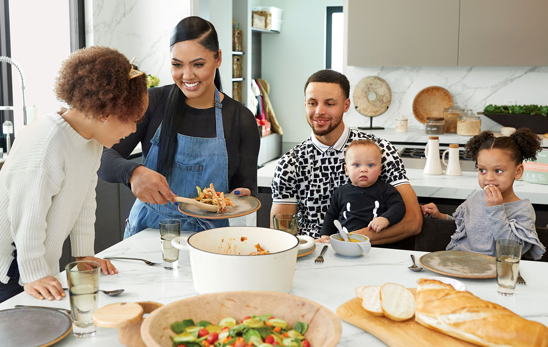 ayesha and steph curry's family in kitchen