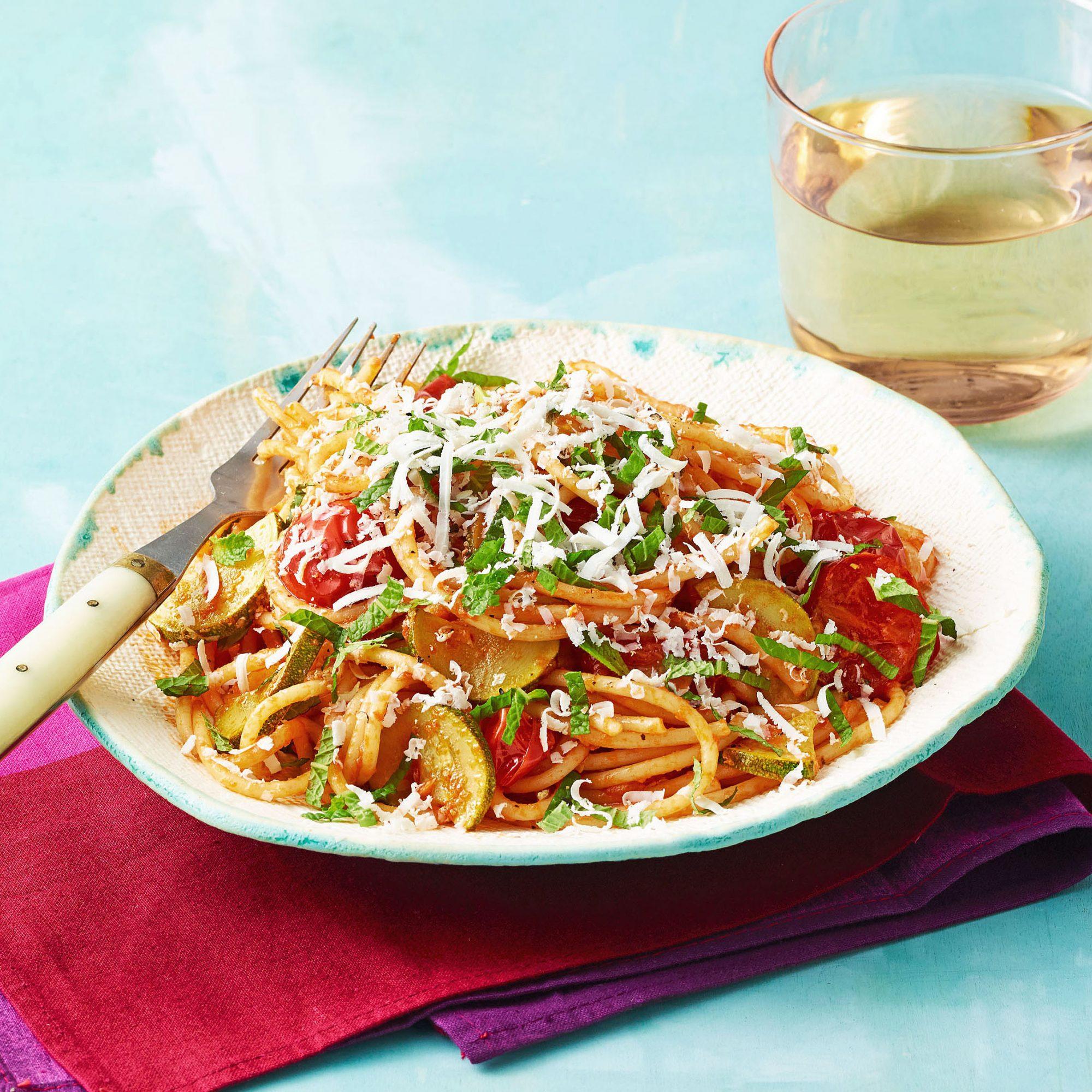 summer spaghetti zucchini mint