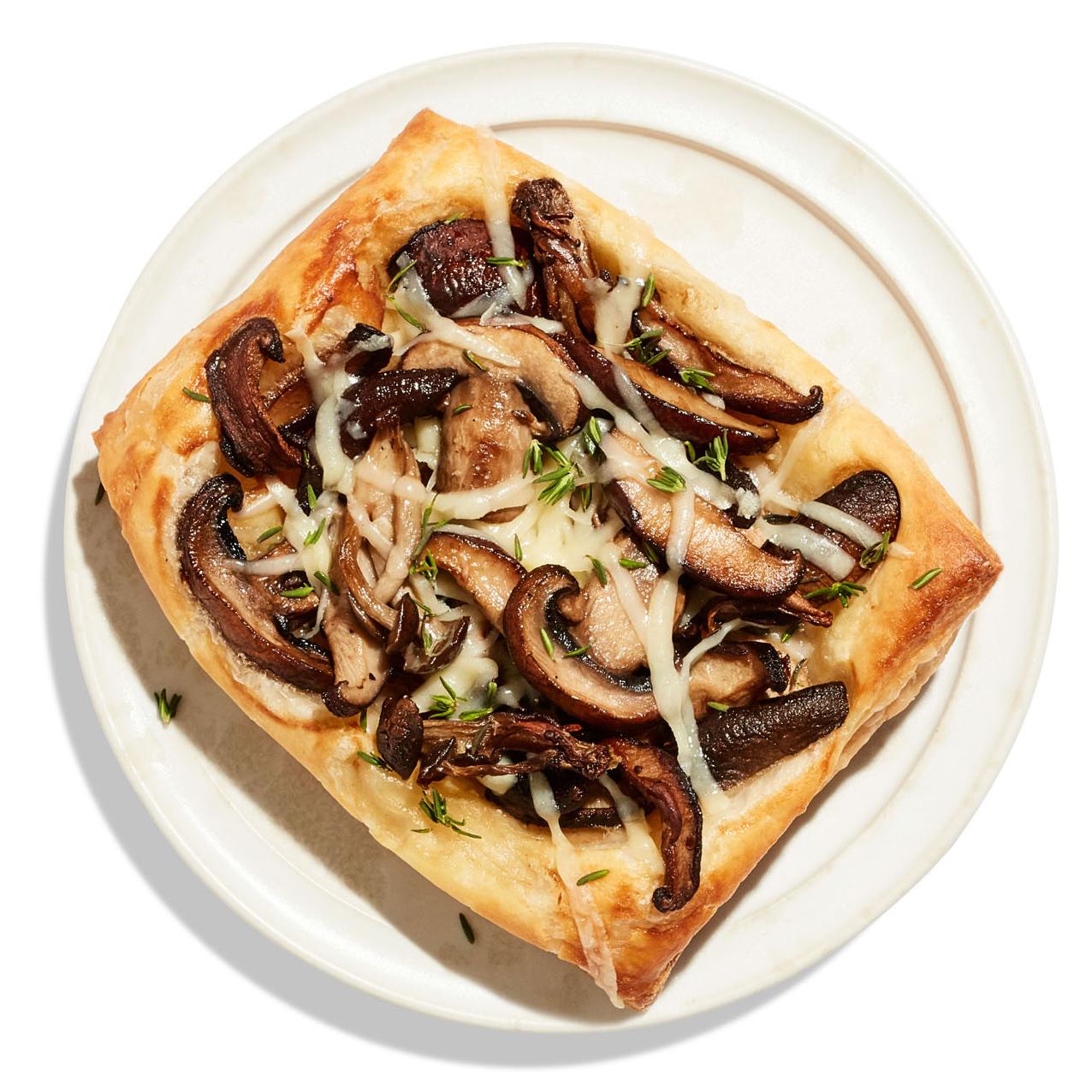 broiled veggie flatbread on plate