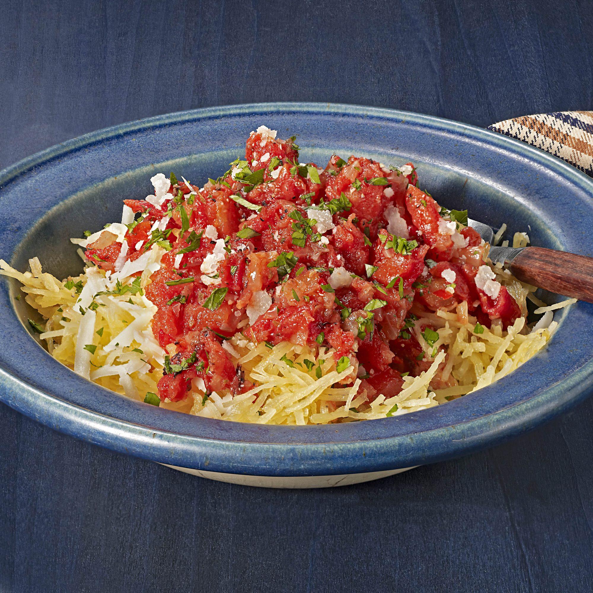 cheesy spaghetti squash with tomato sauce
