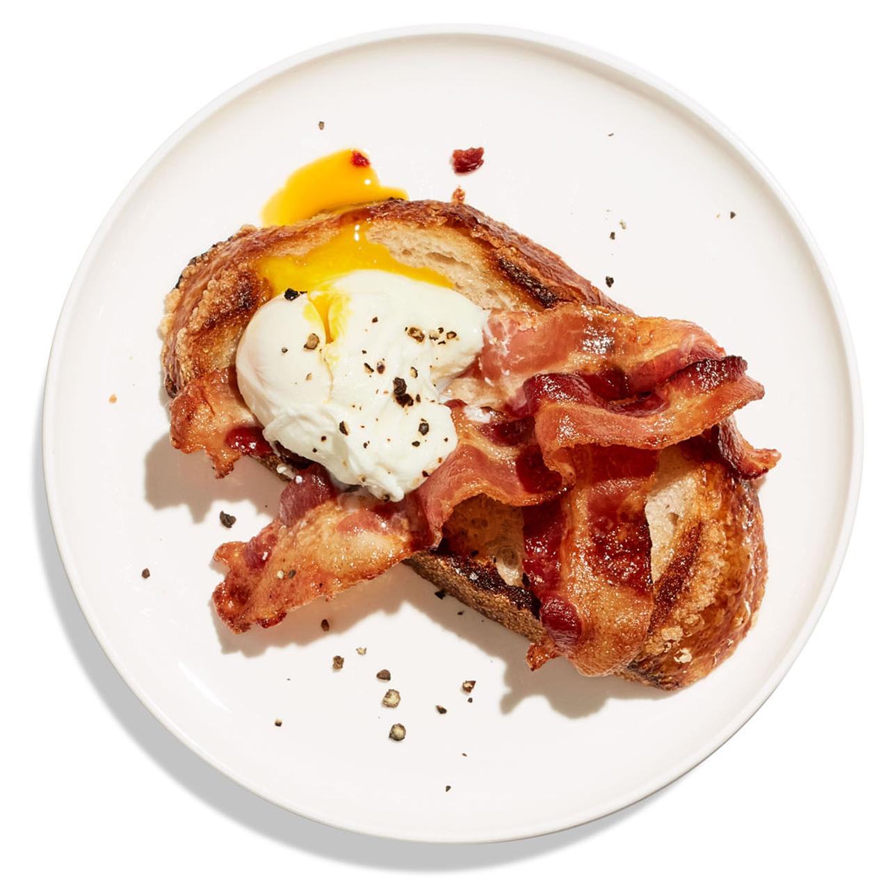 quick breakfast toast eggs bacon