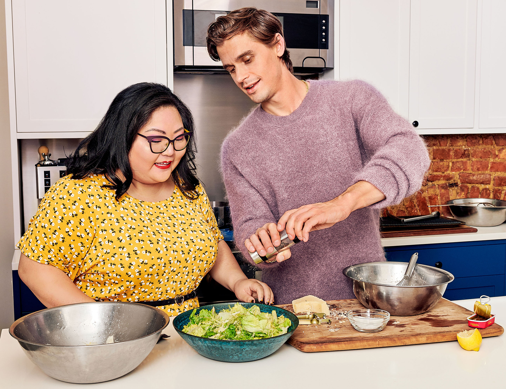 antoni cooking with friend