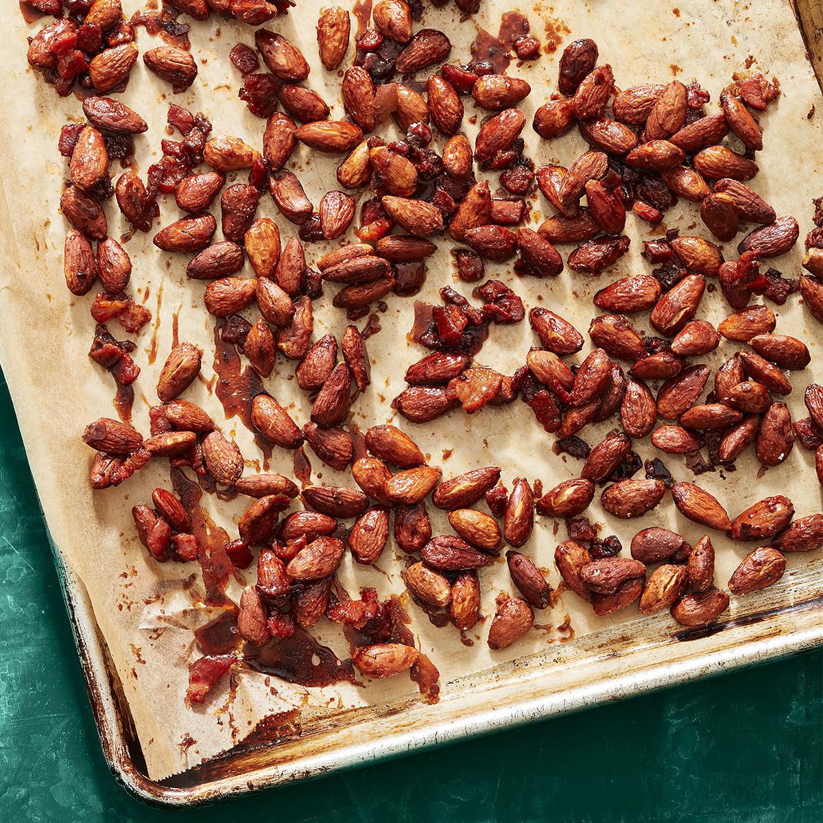 maple bacon glazed almonds