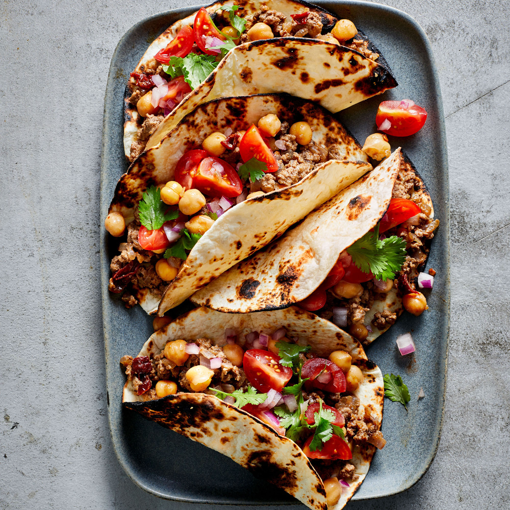 chipotle beef and chickpea tacos with pico de gallo