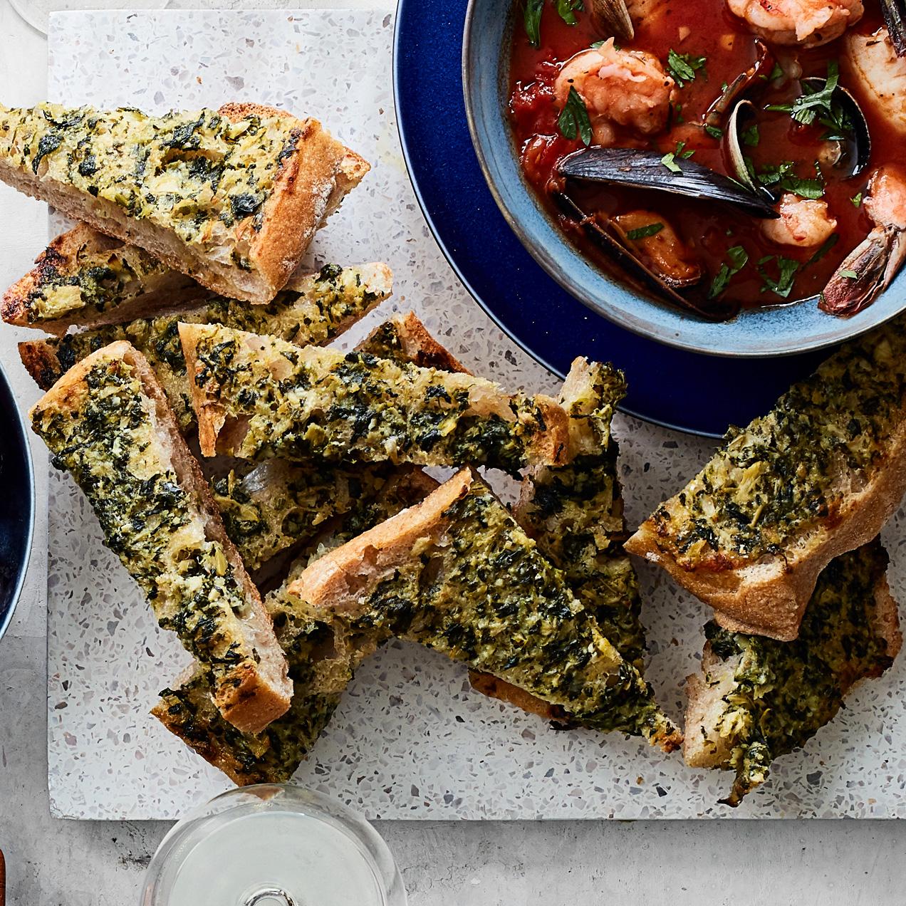 Artichoke Dip Garlic Bread