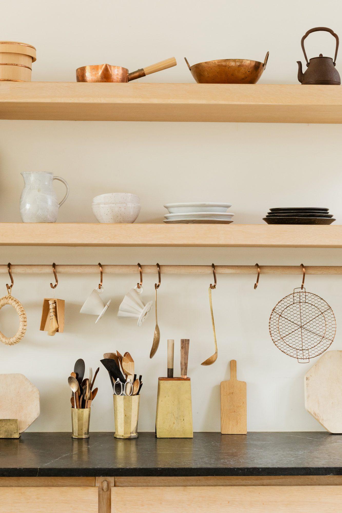 beautiful-kitchen-utensils-in-bright-wooden-kitchen
