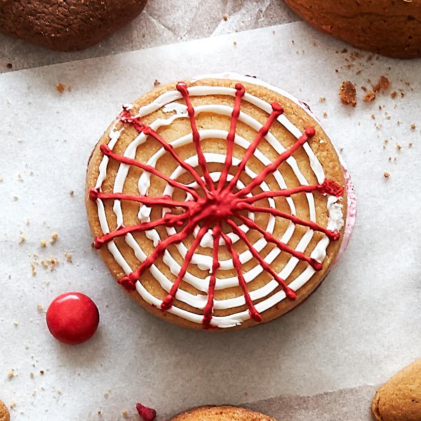 Holiday Wagon Wheel cookie